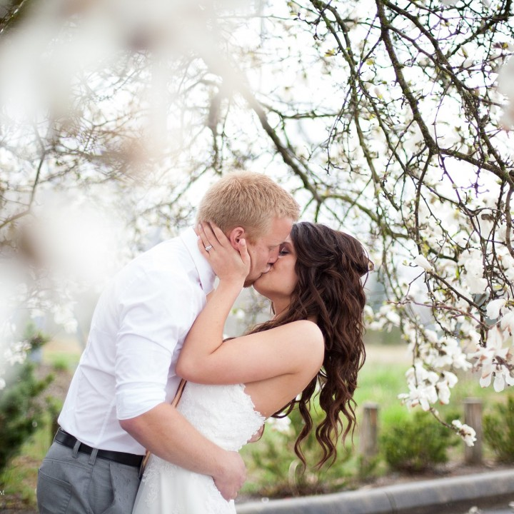 It's like rain on your wedding day : Abbotsford Wedding Photographer